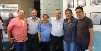 Ao lado do Presidente da FAEASP Arqº Valdir o Presidente da ALEASP  Engº Alfredo e os Diretores Reinaldo e Carlos e ao lado do Presidente do           CREA-SP Engº Kurimori o Vice Presidente da ALEASP Arqº Manoel.