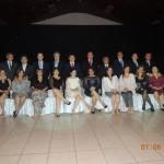 Autoridades da Mesa Diretora com o homenageado e sua família.