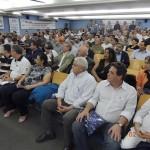 Duzentos e vinte profissionais participaram da reunião