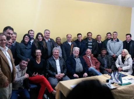 Participantes da reunião da UNABAT realizada em Santa Isabel