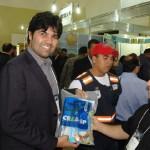 Kits com material informativo distribuídos durante o evento
